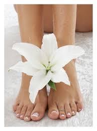 Soins pieds parfaits + pose de Vernis